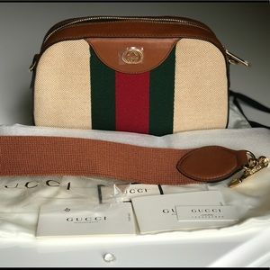 NWT New Season Gucci Messenger Vintage Camera Bag